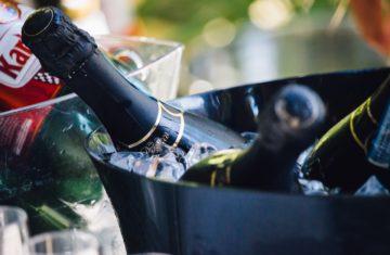 při jaké teplotě pít víno